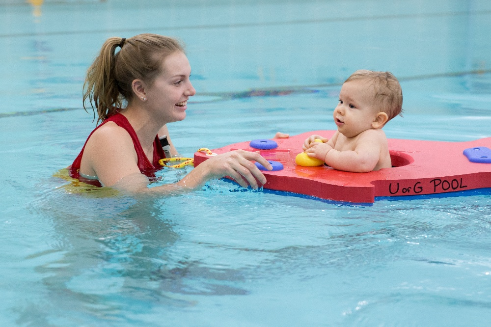 Kids swim lessons homepage for Kids swimming pool